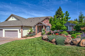 3746 Sunday Court, Redding, CA 96001
