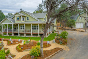 20119 Sunrise Dr, Redding, CA 96003