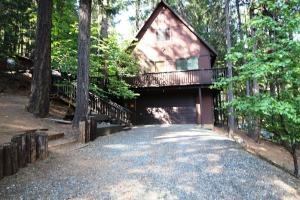 100 & 122 Sugar Pine Lane, Covington Mill, CA 96091