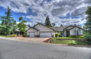 3097 Butterfly Ln, Shasta Lake, CA 96019