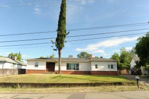 2065 Gold St, Redding, CA 96001