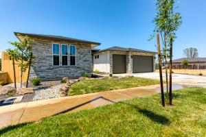 650 Mill Valley Pkwy, Redding, CA 96003