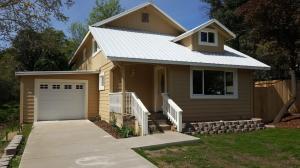 1426 Olive Ave, Redding, CA 96001