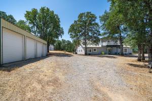16705 Heitman Rd, Cottonwood, CA 96022