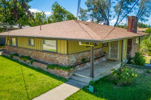 2254 Gold St, Redding, CA 96001