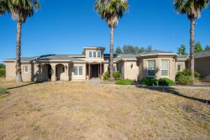 9907 Deschutes Rd, Palo Cedro, CA 96073