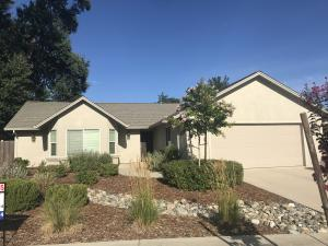 7221 Legacy Ct, Redding, CA 96001
