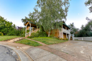 3747 Sunday Ct, Redding, CA 96001
