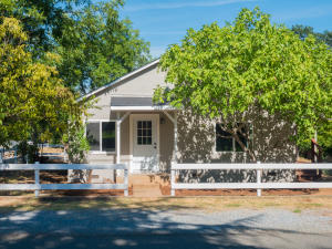 1501 Grand River Ave, Shasta Lake, CA 96019