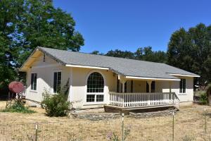 21 Shasta Street, Hayfork, CA 96041