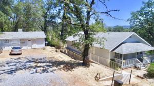 4079 Flower St, Shasta Lake, CA 96019