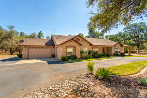 13278 Bear Mountain Rd, Redding, CA 96003