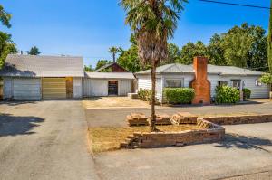 5570 Willow Rd, Redding, CA 96001