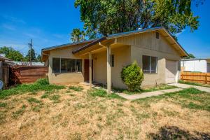 2932 Roan Ct, Anderson, CA 96007