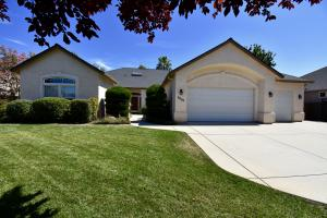 4605 Clark River Dr, Redding, CA 96002