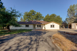 12710 Encanto Way, Redding, CA 96003