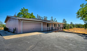 20879 State Highway 299 20877, Redding, CA 96003