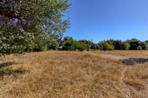 19390 Pine Creek Rd, Red Bluff, CA 96080