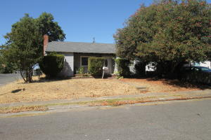 1405 Ehorn Ave, Red Bluff, CA 96080