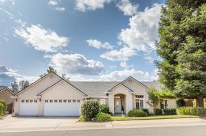 4223 Boston Ave, Redding, CA 96001