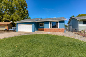 3664 Park Dr, Cottonwood, CA 96022