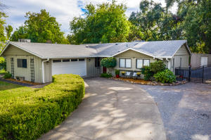 3745 Riverview Dr, Redding, Ca 96001