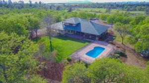 6550 Cottage Hill Dr, Anderson, CA 96007