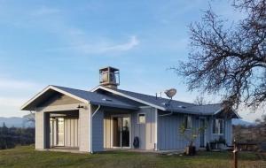 14770 Cobblestone Ln, Anderson, CA 96007
