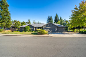 4149 Boston Ave, Redding, CA 96001