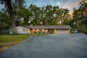 8110 Churn Creek Rd, Redding, CA 96002