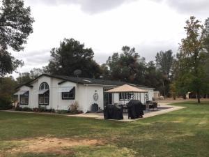 18985 Los Encinos, Cottonwood, CA 96022