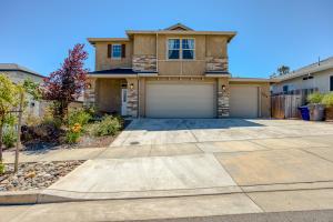 231 Mill Valley Pkwy, Redding, CA 96003