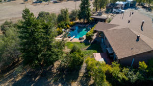 9057 Stillwater Rd, Redding, CA 96002