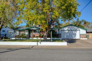 2340 Hawn Ave, Redding, CA 96002