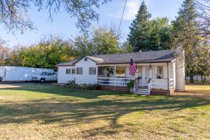 7354 Pacheco School Rd, Redding, CA 96002