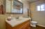 BATHROOM (tub/shower)