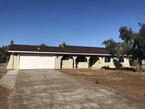 17364 China Gulch Dr, Anderson, CA 96007