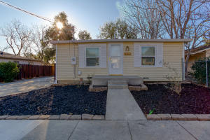 1729 Grant St, Redding, CA 96001
