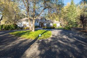 19602 Natalie Way, Redding, CA 96003