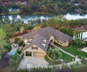 834 Palatine Ct, Redding, CA 96001
