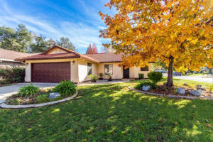 3487 Somerset Ave, Redding, CA 96002