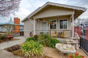 2851 Irwin Rd, Redding, CA 96002