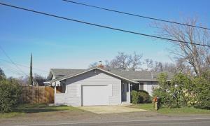 2326 Victor Ave, Redding, CA 96002