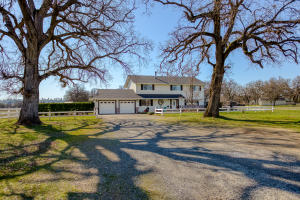 16741 Gas Point Rd, Cottonwood, CA 96022