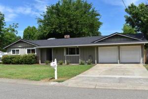 7020 Sacramento Dr, Redding, CA 96001