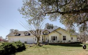 19375 Gas Point Rd, Cottonwood, CA 96022