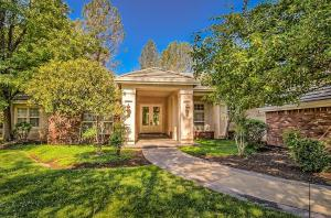 13330 Tierra Heights Rd, Redding, CA 96003