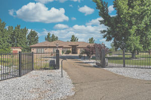 4755 Kimberly Farms Dr, Anderson, CA 96007