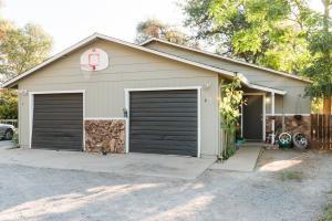 3575 Ricardo Ave A & B, Redding, CA 96002