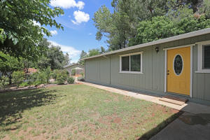 2266 Wilson Ave, Redding, CA 96002